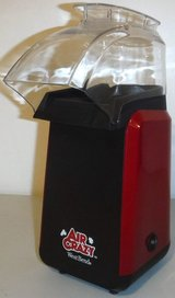 Like New! West Bend Air Crazy Hot Air Popcorn Popper / Maker in Joliet, Illinois