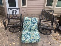 patio chairs that swivel in cast iron in Joliet, Illinois