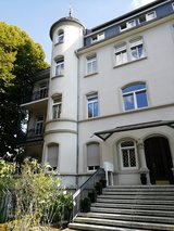 SEVERAL  4 BR, 2 bath apts, close to main train station - 5 mi to Clay in Wiesbaden, GE