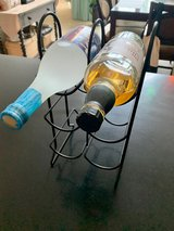 Wrought Iron Wine Rack holds six bottles, excellent condition in Okinawa, Japan