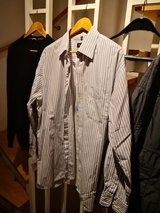 outdoorjacket and other clothes for fee in Stuttgart, GE