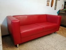RETRO style SOFA Couch  Lounge Couch for 2-3 seater Stable in red in Wiesbaden, GE