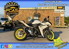 2018 Yamaha YZF-R3 in Fort Campbell, Kentucky
