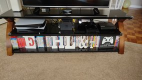 TV Stand for Sale in Fort Belvoir, Virginia
