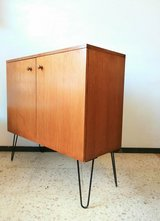 60er 70er Mid Century Kommode Sideboard with Hairpin legs  ( approx 100x40x95 cm ) in Wiesbaden, GE