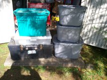 one storage truck and 5 totes with lids in Elizabethtown, Kentucky
