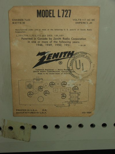 Vintage Zenith Clock Radio | Collectibles for sale on