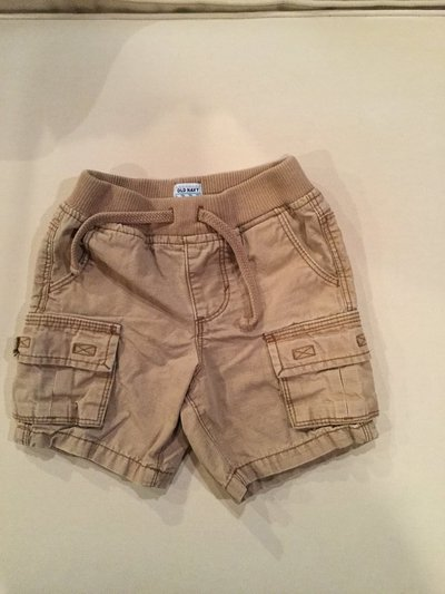 0b5f0f93053a Old Navy shorts...size 18-24 months