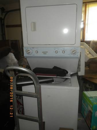 apartment style washer dryer | Household for sale on Lejeune bookoo!
