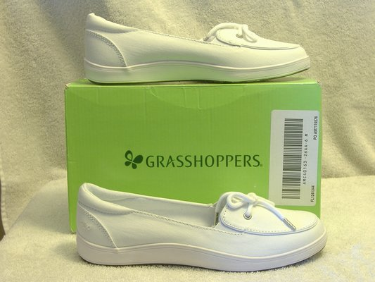 ff0d071e58d1e Women s HIGHVIEW WHITE CANVAS SHOES Grasshoppers Size 6