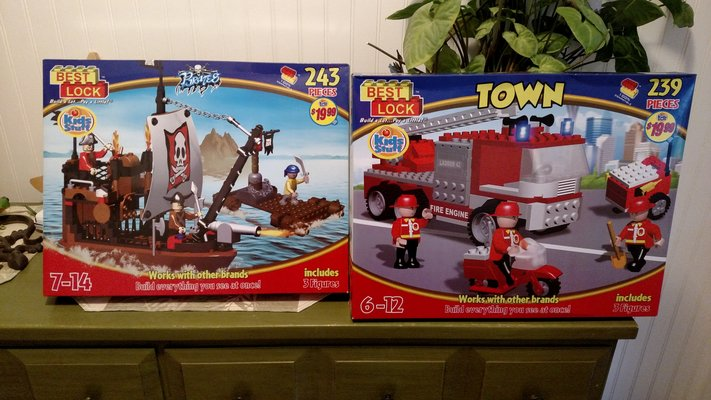 Best Lock Pirates Like Lego Toys Games For Sale On 29 Palms Bookoo