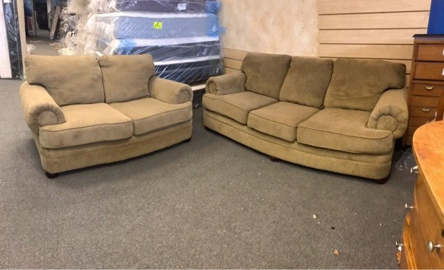 Sofa Loveseat Set | Furniture: Home   By Owner For Sale On Wheaton, IL  Bookoo!