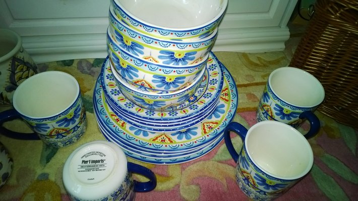 Pier 1 Dishes Set Household For Sale On Fort Campbell Bookoo