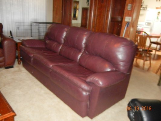Remarkable Plush Burgundy Leather Hideabed Couch Queen Furniture Gmtry Best Dining Table And Chair Ideas Images Gmtryco