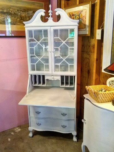 Enjoyable Antique Claw Foot Bow Front Secretary Furniture Home By Home Interior And Landscaping Oversignezvosmurscom