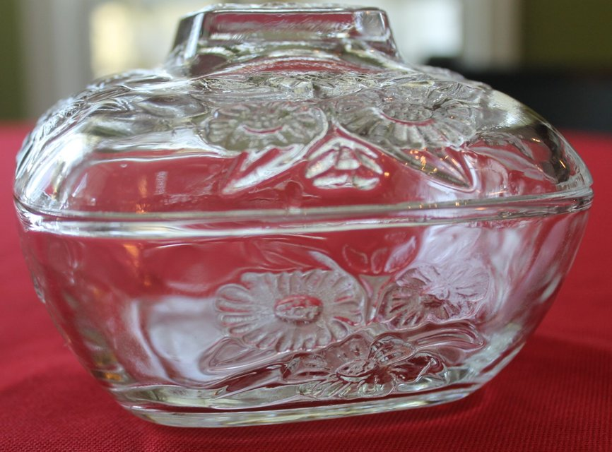 Vintage Daisy Powder Box - Candy Dish   Antiques - by