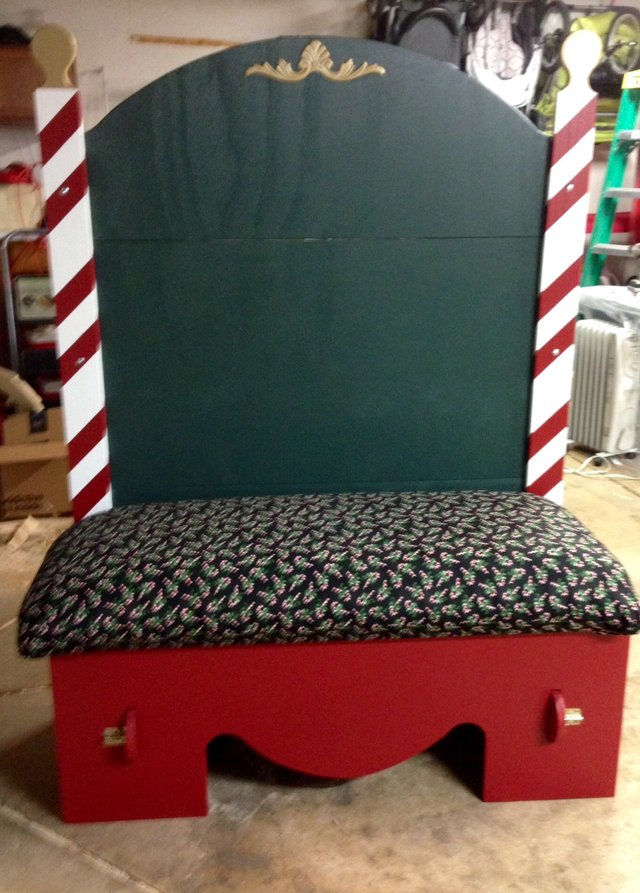 Santa Bench Seasonal Holiday For Sale On Naperville Bookoo