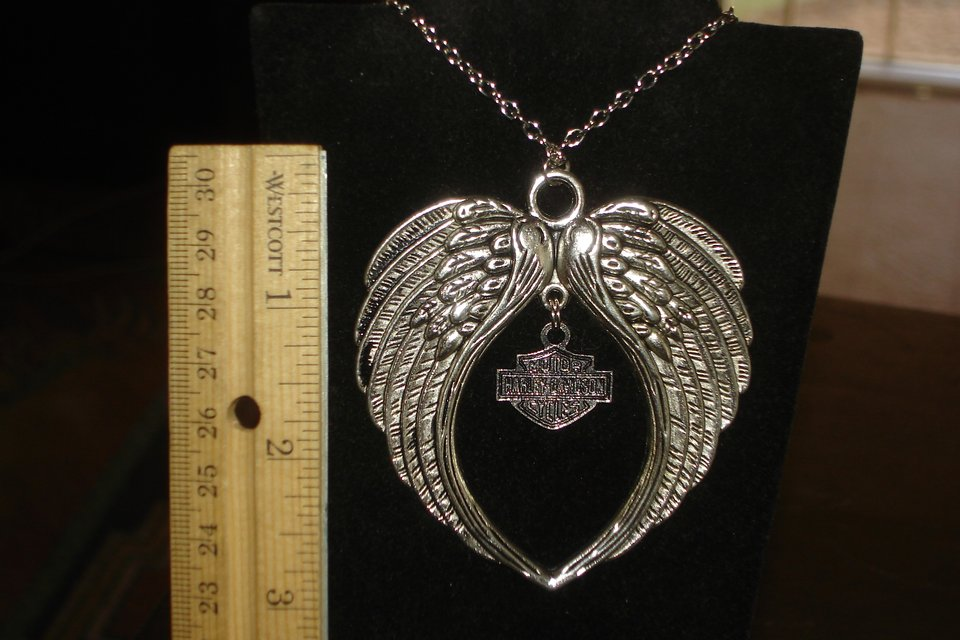 Harley Davidson Large Angel Wings Bar Shield Necklace In Barstow
