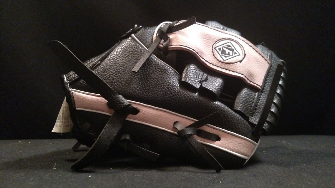 Franklin Pink And Black Baseball Glove 4809 9 1 2 Quot Ready