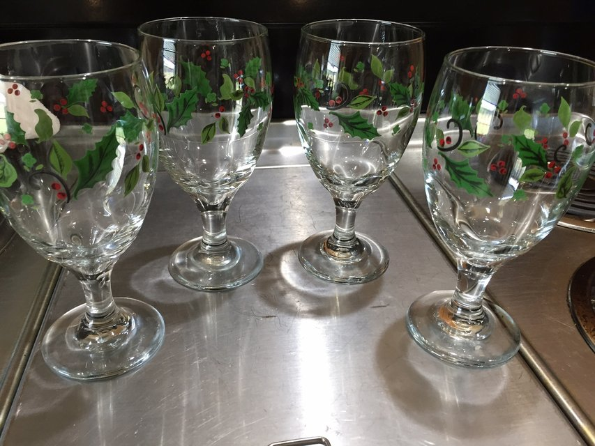 4 Christmas Drinking Goblets