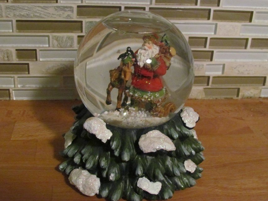Christmas Holiday Lane Musical Waterglobe Seasonal Holiday For Sale On Naperville Bookoo