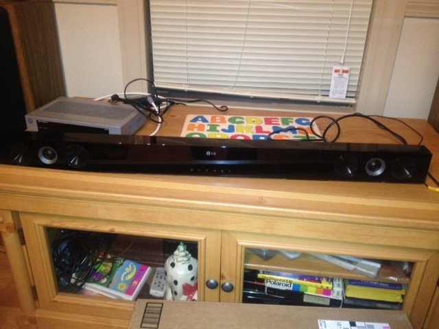 tv stand holds up to a 60 furniture home by owner for sale on polk bookoo. Black Bedroom Furniture Sets. Home Design Ideas