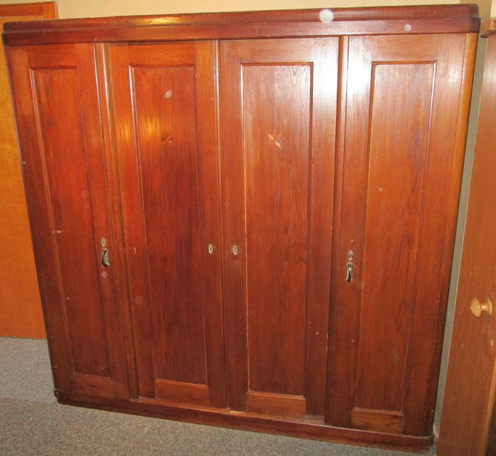 Bedroom Furniture Yard Sale: Early 1900s Antique Solid Wood Entryway Or Bedroom Closet