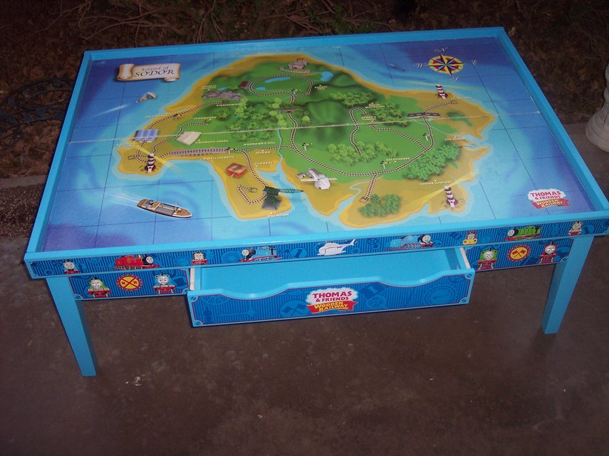Learning Curve Thomas and Friends Wooden Railway Grow-With-Me Play Table w/ & Learning Curve Thomas and Friends Wooden Railway Grow-With-Me Play ...
