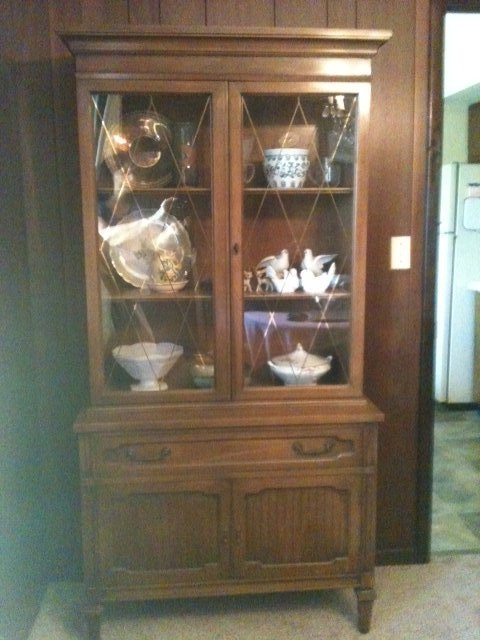 China Cabinet   Lenoir House By Broyhill In Fort Leonard Wood