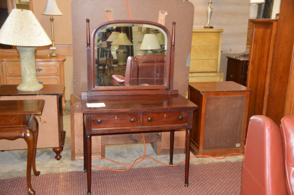 Beautiful Antique Vanity in Fort Lewis - Beautiful Antique Vanity Furniture: Home - By Dealer For Sale On