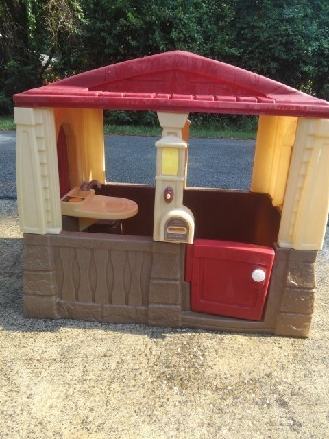 step2 cozy cottage playhouse toys games for sale on robins bookoo rh robins bookoo com