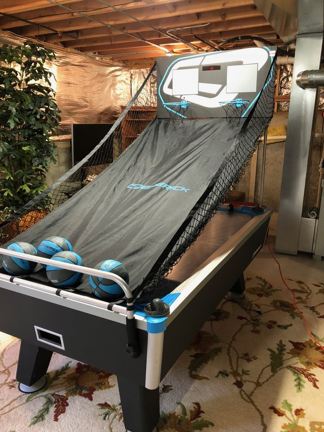 Attrayant Emerick Air Hockey / Pop A Shot Basketball Table In Naperville