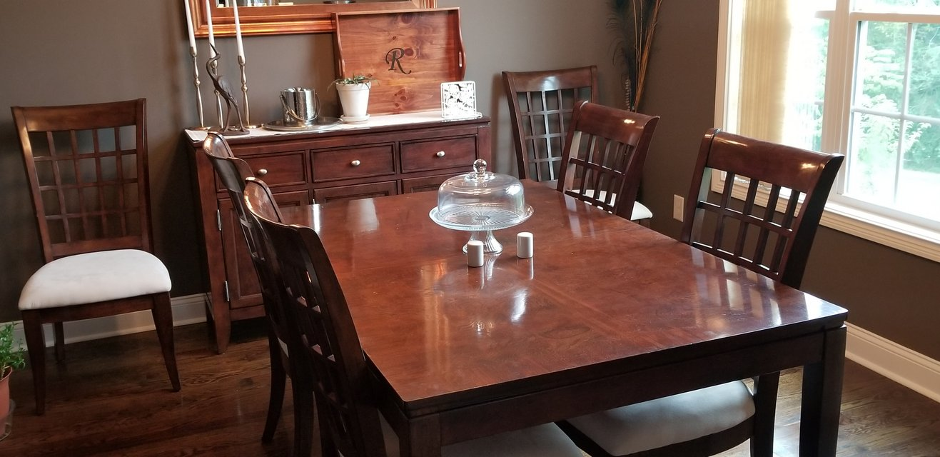 EUC Havertys 6 Seat Dining Set In Fort Campbell