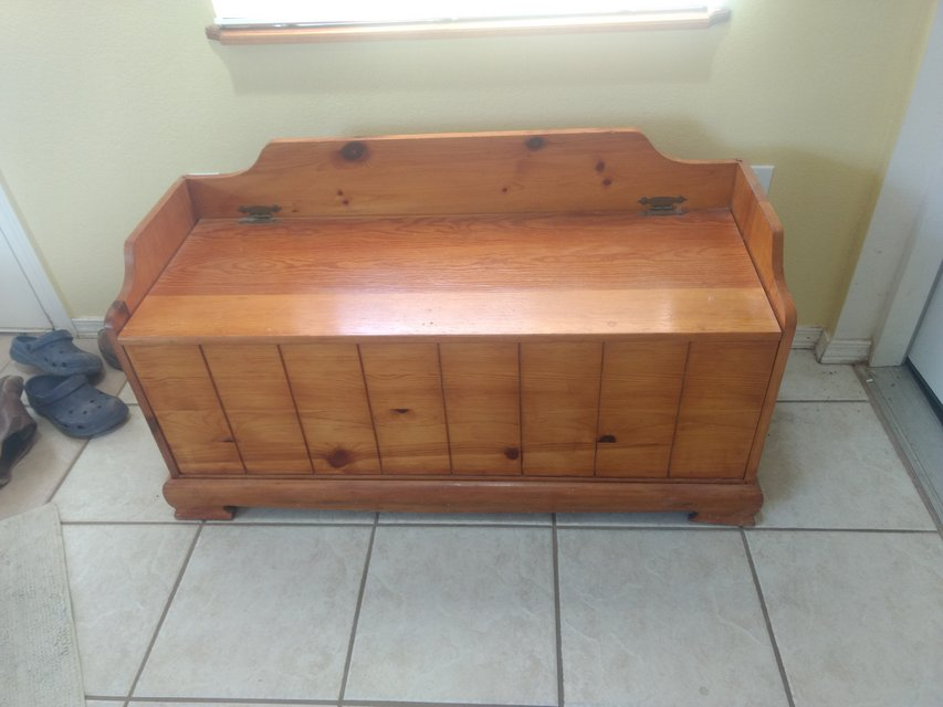 Wooden Storage Bench Pine Ash Home Decor For Sale On Holloman Bookoo