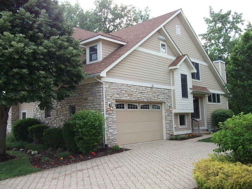 PLAINFIELD DUPLEX in Private Gated Community with Lake ...